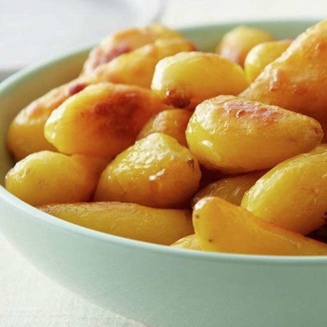 Картошку жарю только так теперь. У всей семьи на ура идет! Корочка вкуснющая получается!