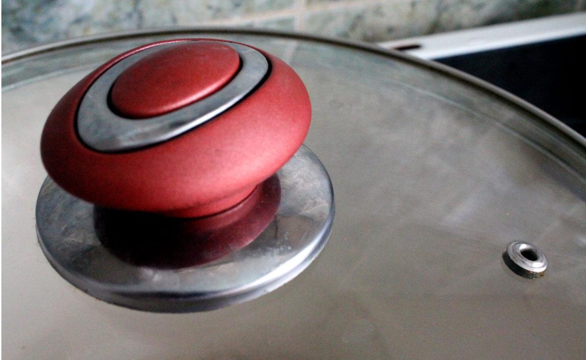 Как очистить сковороду от нагара, жира и ржавчины – 10+ способов