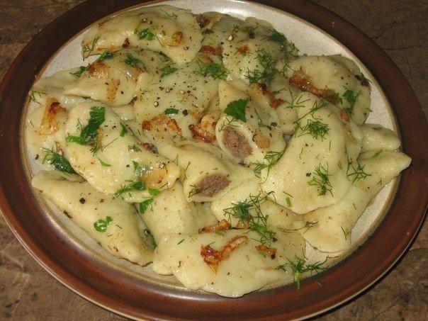 Бабушка умела удивлять — вкуснющие картофельные вареники с куриной печенью